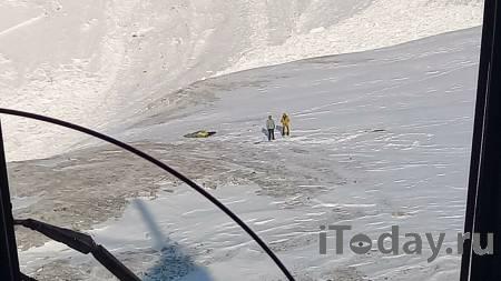 Двоих пострадавших при сходе лавины в Бурятии туристов госпитализировали
