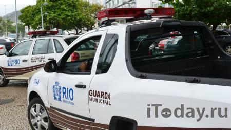 Бразильский школьник убил учительницу и детей