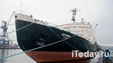 Экс-глава музея Северного флота выплатит ущерб за украденные ордена - 06.05.2021