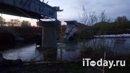 В Оренбургской области во время ремонта обрушился мост