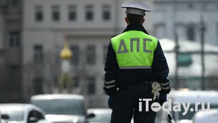 В Москве сотрудники ДПС поймали блогера-гонщика и передали его военкомату - 02.06.2021