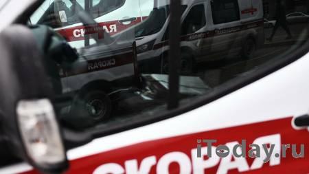 В Астраханской области микроавтобус столкнулся с легковушкой - 11.06.2021