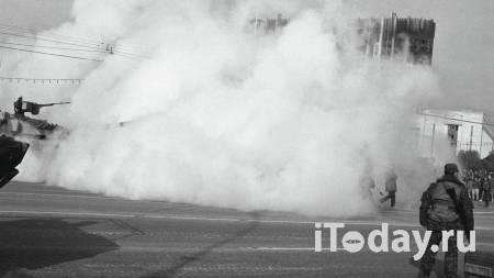 Хасбулатов оценил данные Руцкого о числе жертв обстрела Белого дома - 11.06.2021