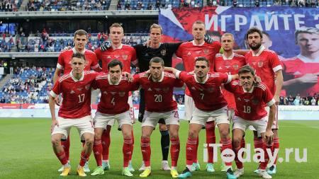 Футболисты сборной России не вставали на колено перед матчем с Бельгией