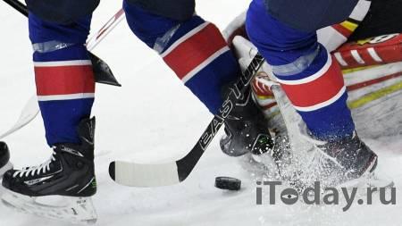 Хоккеист попал в реанимацию после ножевого ранения в центре Москвы: видео - Спорт 13.06.2021