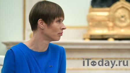 Президент Эстонии на велосипеде провела инспекцию границы с Россией - 21.07.2021