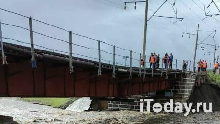 Пассажирские поезда пересекли восстановленный мост на Транссибе - 25.07.2021