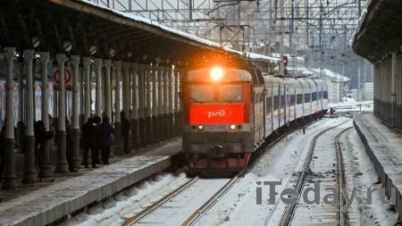 Под Калугой локомотив столкнулся с цементовозом
