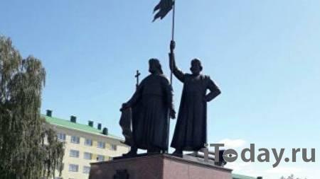 В Старом Осколе выяснили, кто повредил крест памятника основателям города - 31.08.2021