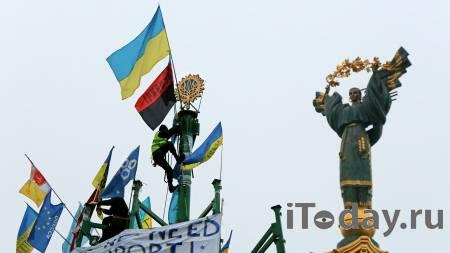 """Поза вечно просящего. Политолог о """"методе"""" Киева вести внешнюю политику"""
