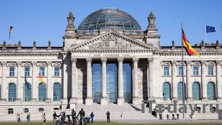 """Немецкое телевидение случайно показало """"итоги"""" выборов в бундестаг"""