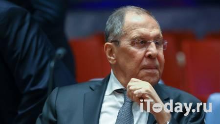 """Лавров нашел объяснение """"эпопее с подлодками США в Австралии"""""""